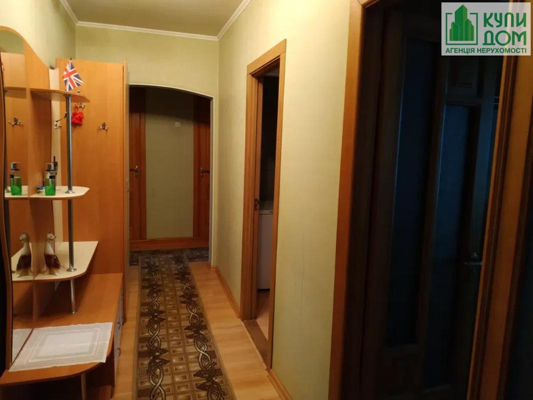 Продам 3-комн. квартиру по адресу Украина, Кировская область, Кропивницкий, Кропивницкого улица фото 2 по выгодной цене